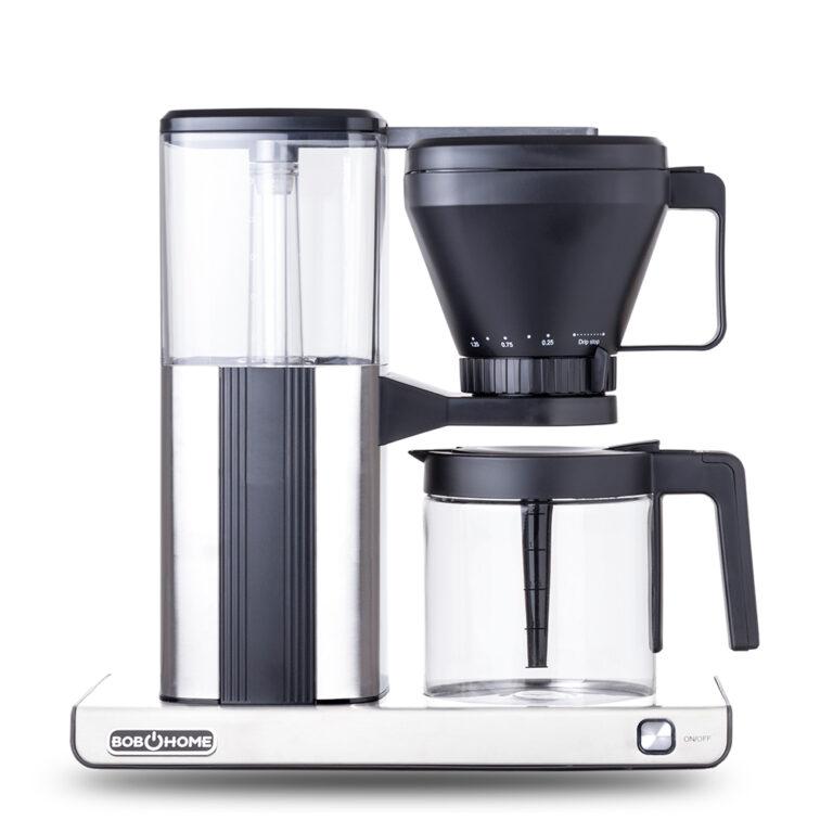 Produktfotografie Kaffeemaschine freigestellt mit Schatten frontal